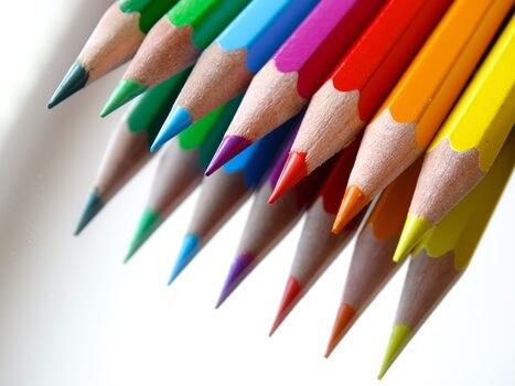 colored-pencils-colour-pencils-mirroring-color-37539-medium